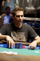 Mike Wattel in final table action