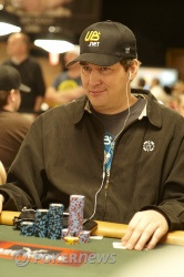 Phil Hellmuth, looking to add more jewelry to his collection.