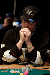 Phil Hellmuth - 8 away from #12