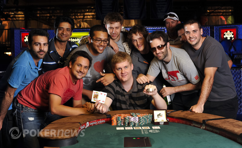 Event 46 bracelet winner Joe Ebanks and friends.