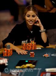 Erika Moutinho crosses 2.5 million.