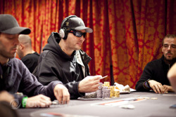 Phil Hellmuth Eliminated in 8th Place