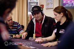 Phil Hellmuth - The Shades Are Off!