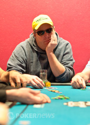 Mark Kroon leads the Day 1b field.