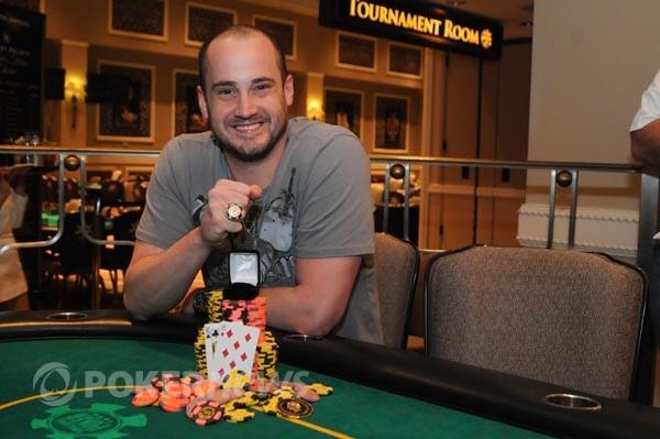 Champion Kevin Calenzo