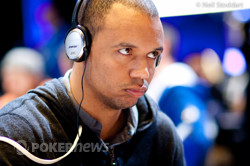 Phil Ivey one of the big guns with plenty of ammo after Day 1