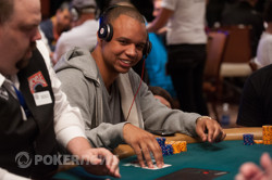 Phil Ivey's having fun today