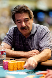 Don Zewin at the 2012 $2,500 Razz final table.