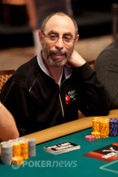 Barry Greenstein is still in the hunt for his fourth bracelet