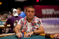 Andre Akkari is among the leaders to conclude Day 1 of Event 40