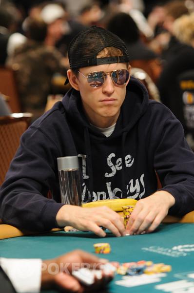 Simon charette poker musique casino royale vesper