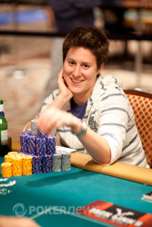 Can Vanessa Selbst win her second career bracelet?