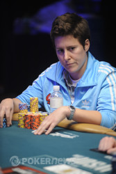 Vanessa Selbst Drills The Club