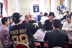 Phil Hellmuth being Phil Hellmuth