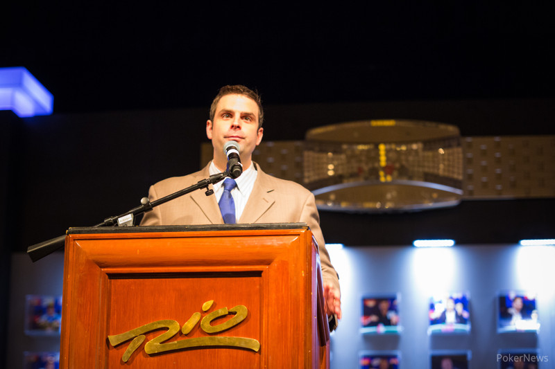 Jack Effel presiding over bracelet ceremony for Events 33 & 34