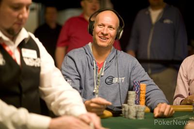 Greg Mueller Chip Leader