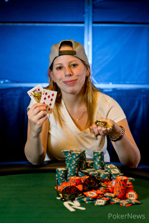 Loni Harwood won her first career bracelet yesterday in Event #60