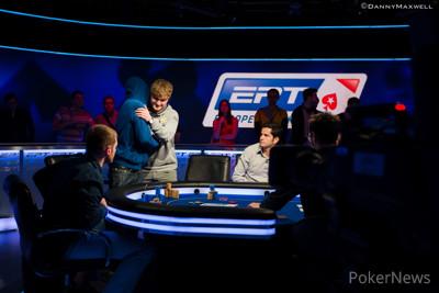Jack Salter & Sebastian Bredthauer shakes hands after his elimination
