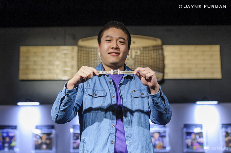 Brian Yoon with his gold bracelet from Event #35: $5,000 Eight-Handed No-Limit Hold'em