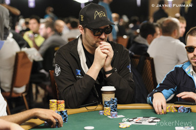 Phil Hellmuth is down to 12 big blinds.