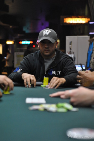 Jason Mirza mucked in a big pot.