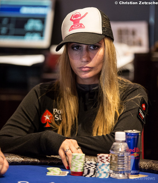 Vanessa las vegas poker player play poker online in nevada