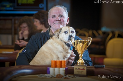 Champion Steve Nevius and his dog Scuba