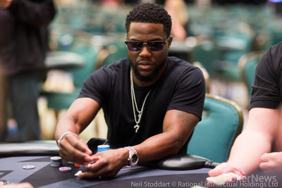 Kevin Hart in earlier PokerStars Championship Bahamas action.