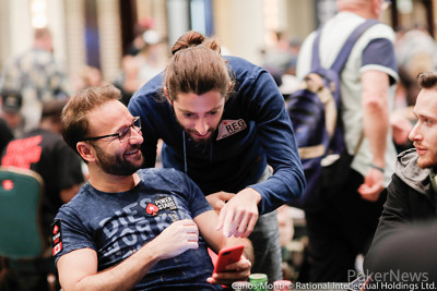Daniel Negreanu and Igor Kurganov take in the news that Kevin Hart's out of Day 1a (possibly)
