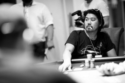 Kazuma Fujiyama couldn't overcome the overwhelming chip deficit going into the heads-up battle and finishes 2nd