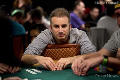 Abe Mosseri Leads Final 17