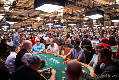 Thousands of players turned out for the $600 No-Limit Hold'em Deepstack