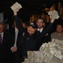 Jerry Yang shows the money