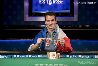 Ivan Deyra with his new WSOP gold bracelet