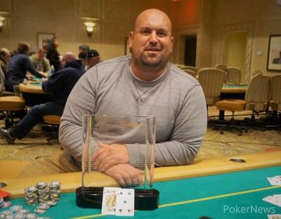 Black Chip Bounty Champion John Lytle