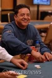 Seat 3, Luis Velador