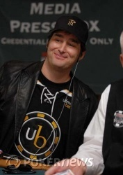 Phil Hellmuth begins Day 2 with the chip lead
