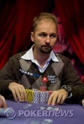 Seat 2, Daniel Negreanu