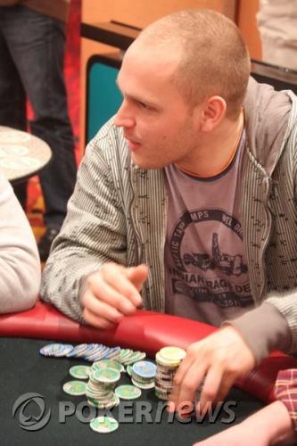 Dom Classics Report: Hugo Kikkert wint €440,- freeze-out tijdens Dom Classics 103