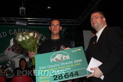 Dom Classics Report: Hugo Kikkert wint €440,- freeze-out tijdens Dom Classics 105