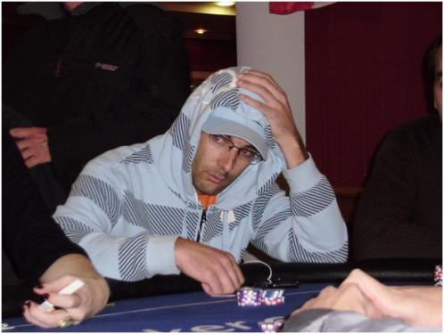 Vanky On the Button: Poker blijft voor mij een hobby, werk gaat altijd voor.... 101