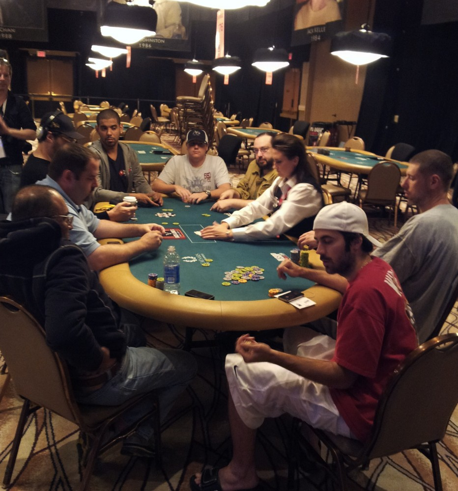 All Mucked Up: 2012 World Series of Poker Day 7 Live Blog 112