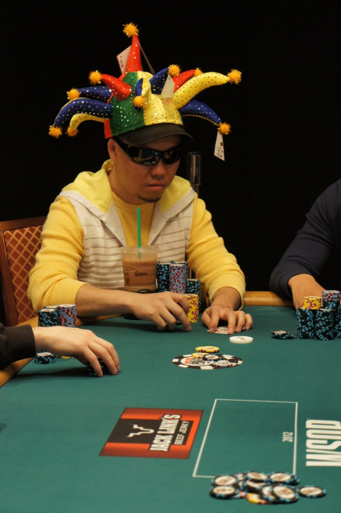 All Mucked Up: 2012 World Series of Poker Day 8 Live Blog 104