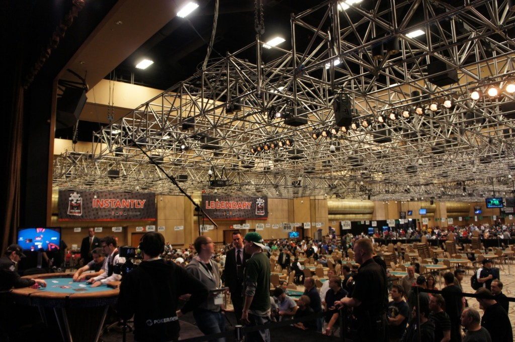 All Mucked Up: 2012 World Series of Poker Day 14 Live Blog 121