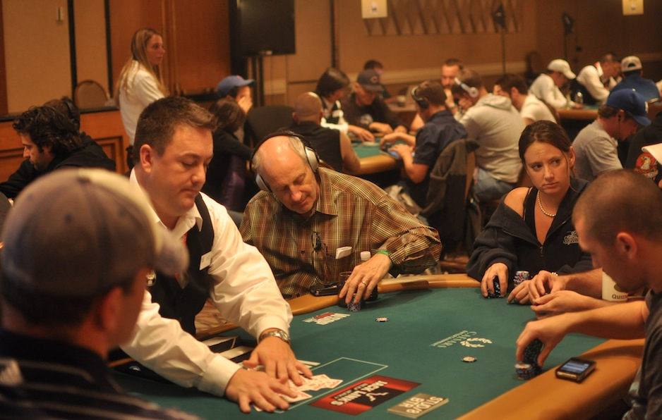All Mucked Up: 2012 World Series of Poker Day 17 Live Blog 112