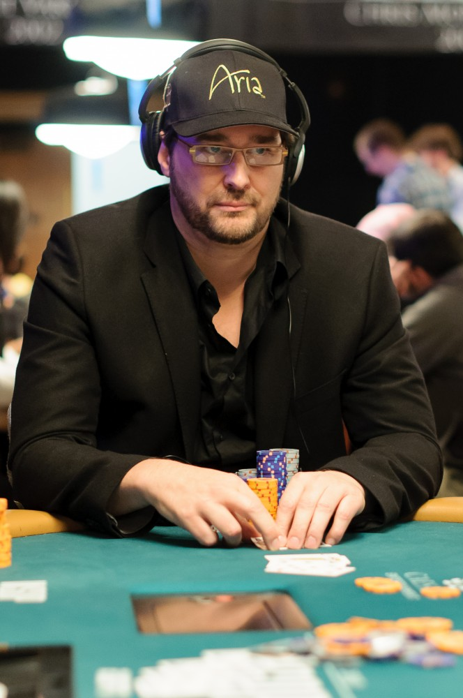 All Mucked Up: 2012 World Series of Poker Day 21 Live Blog 116