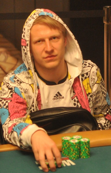 All Mucked Up: 2012 World Series of Poker Day 21 Live Blog 122