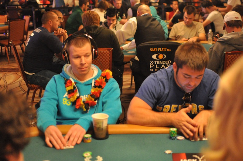 All Mucked Up: 2012 World Series of Poker Day 29 Live Blog 117