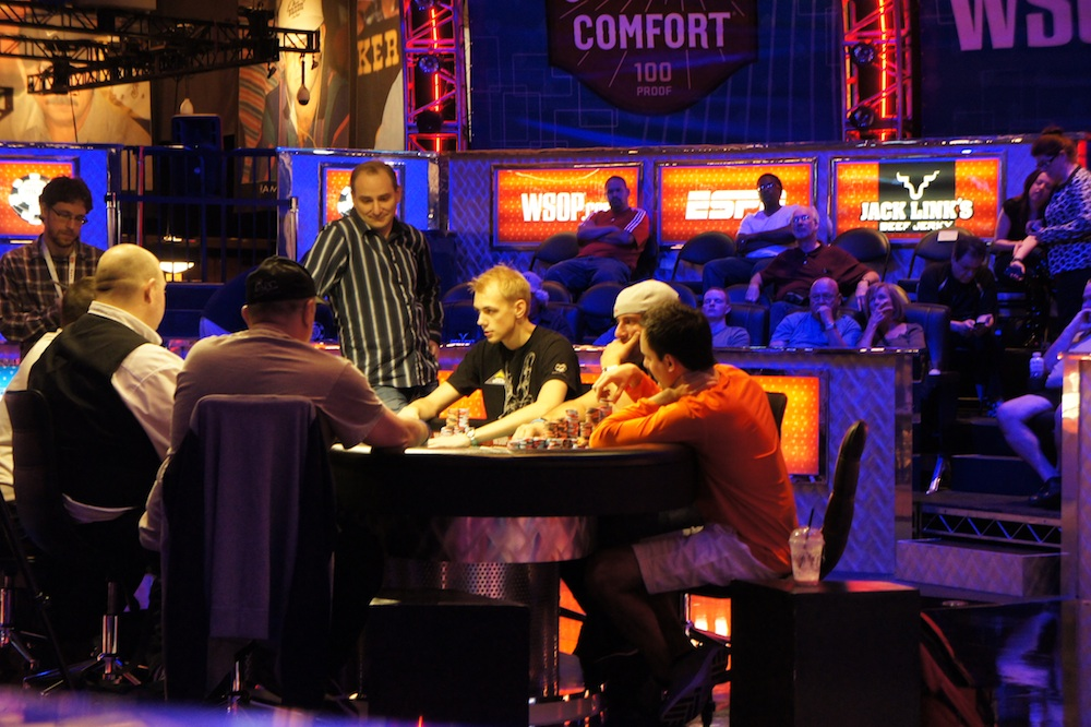 All Mucked Up: 2012 World Series of Poker Day 32 Live Blog 102