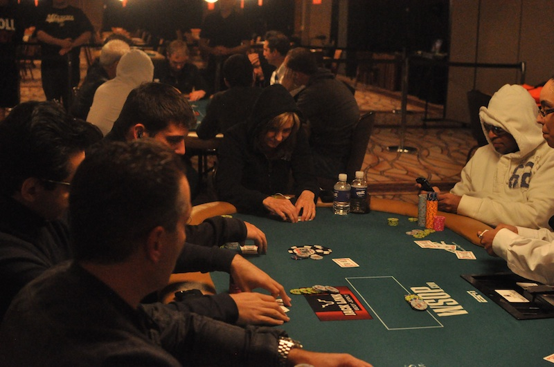 All Mucked Up: 2012 World Series of Poker Day 39 Live Blog 137